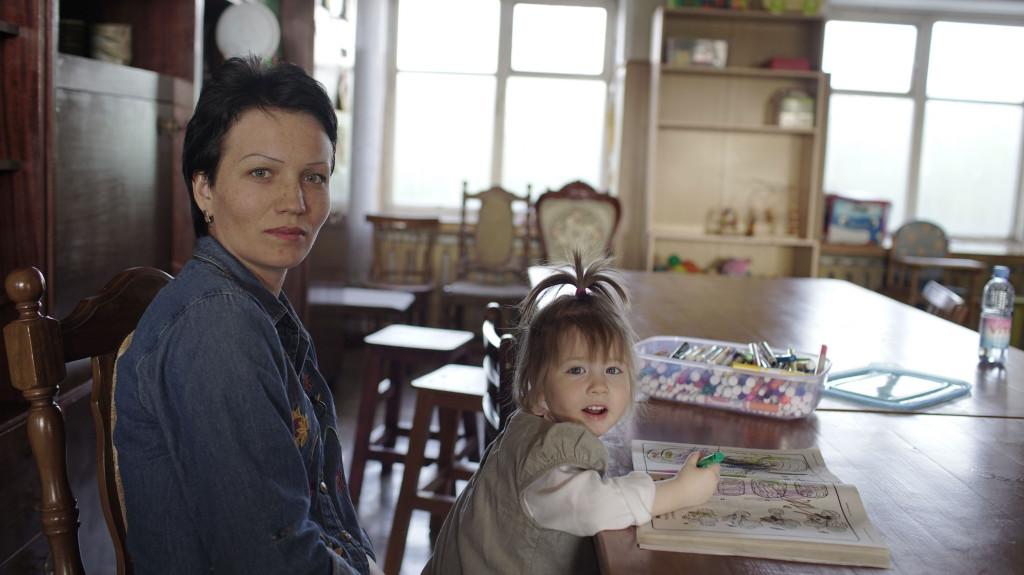 Американцы в Казахстане. Виктория Шарбоне и Элизабет Тарнок: Мы верим, что откроем для детей много возможностей 3