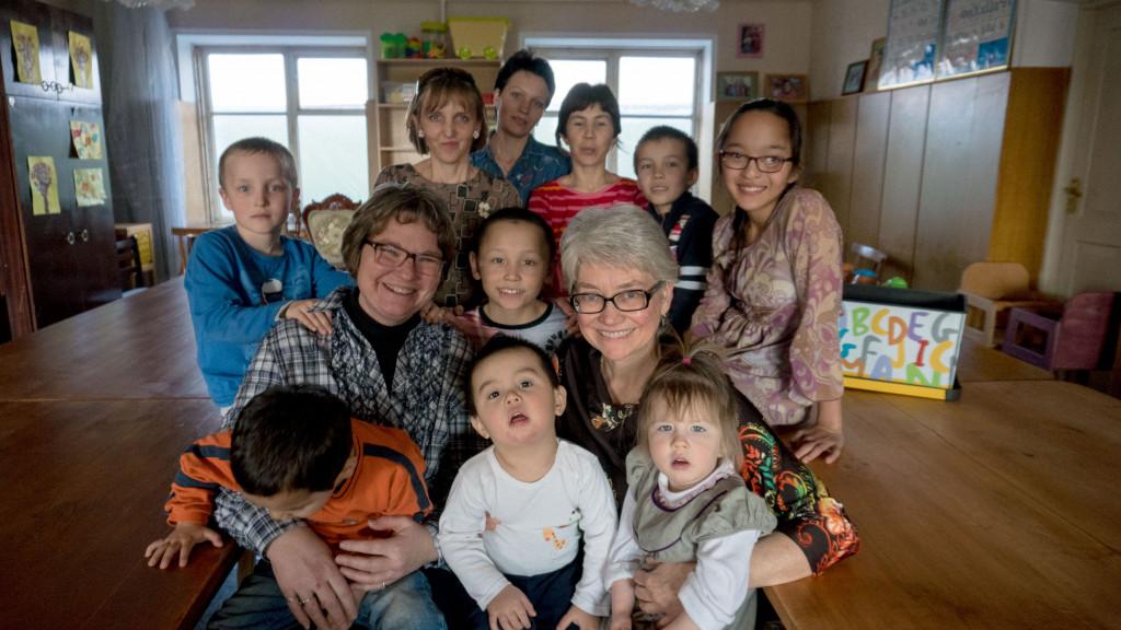 Американцы в Казахстане. Виктория Шарбоне и Элизабет Тарнок: Мы верим, что откроем для детей много возможностей 2