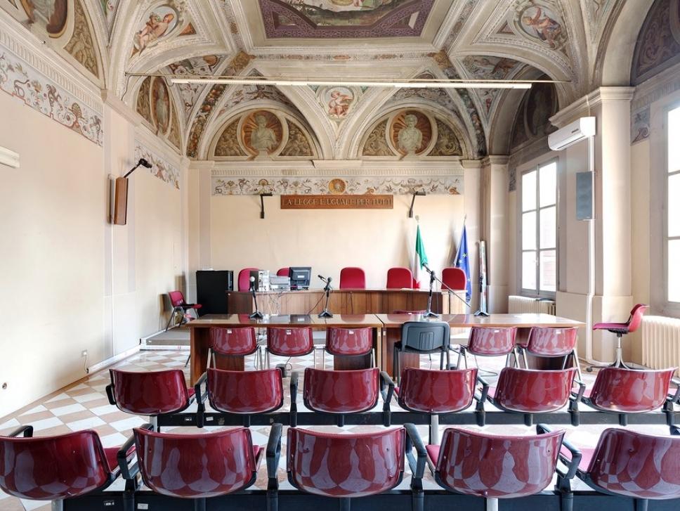 Залы суда, где не стыдно получить приговор 9