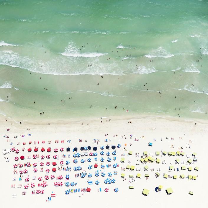 Пляж, вид сверху 4