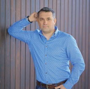 Валерий Ломакин