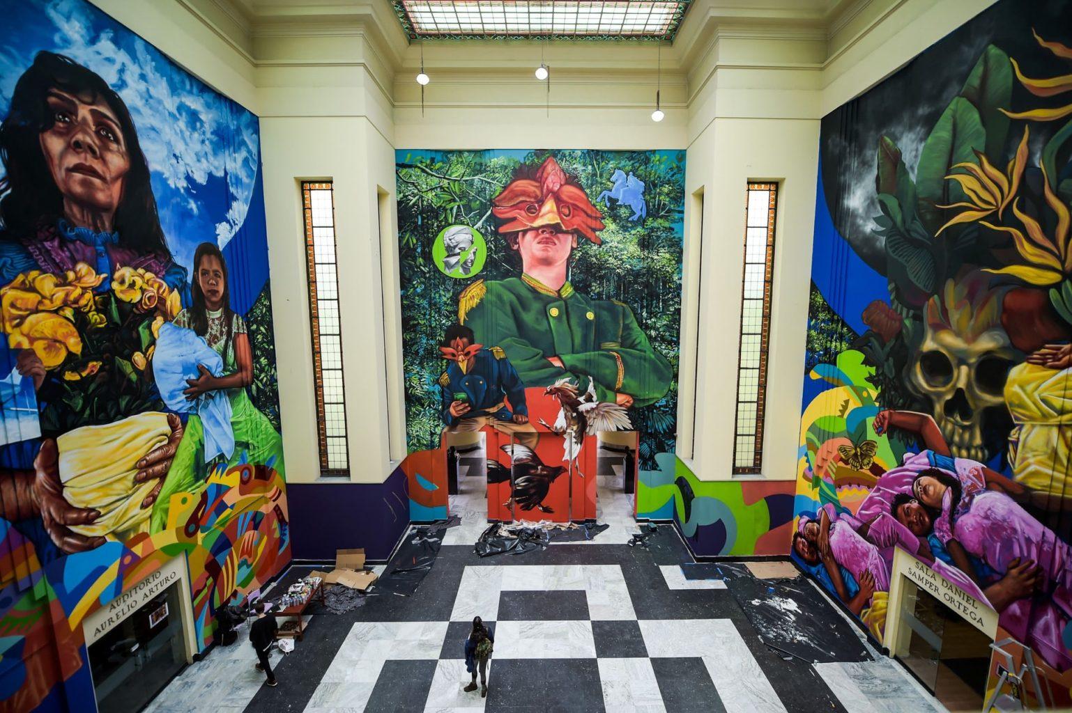 Фрески художника Оскара Гонсалеса «Гуаче» и Эндрю Писакане «Гайя»