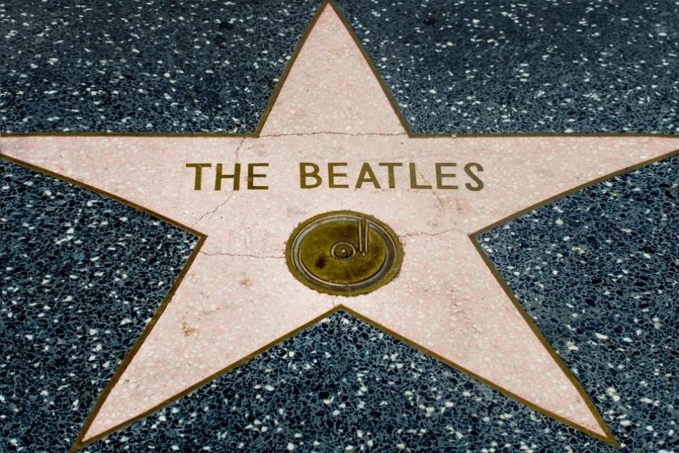 The Beatles группа музыка Великобритания 1960-ые Джон Леннон Пол Маккартни Ринго Стар звезда славы Голливуд