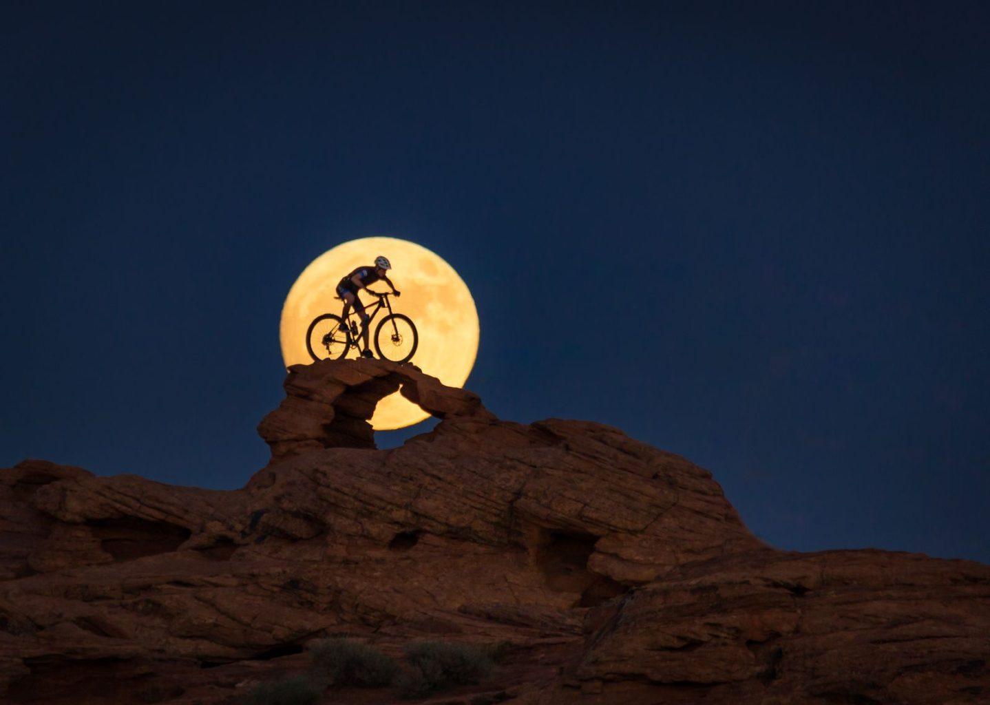 Ночной гонщик