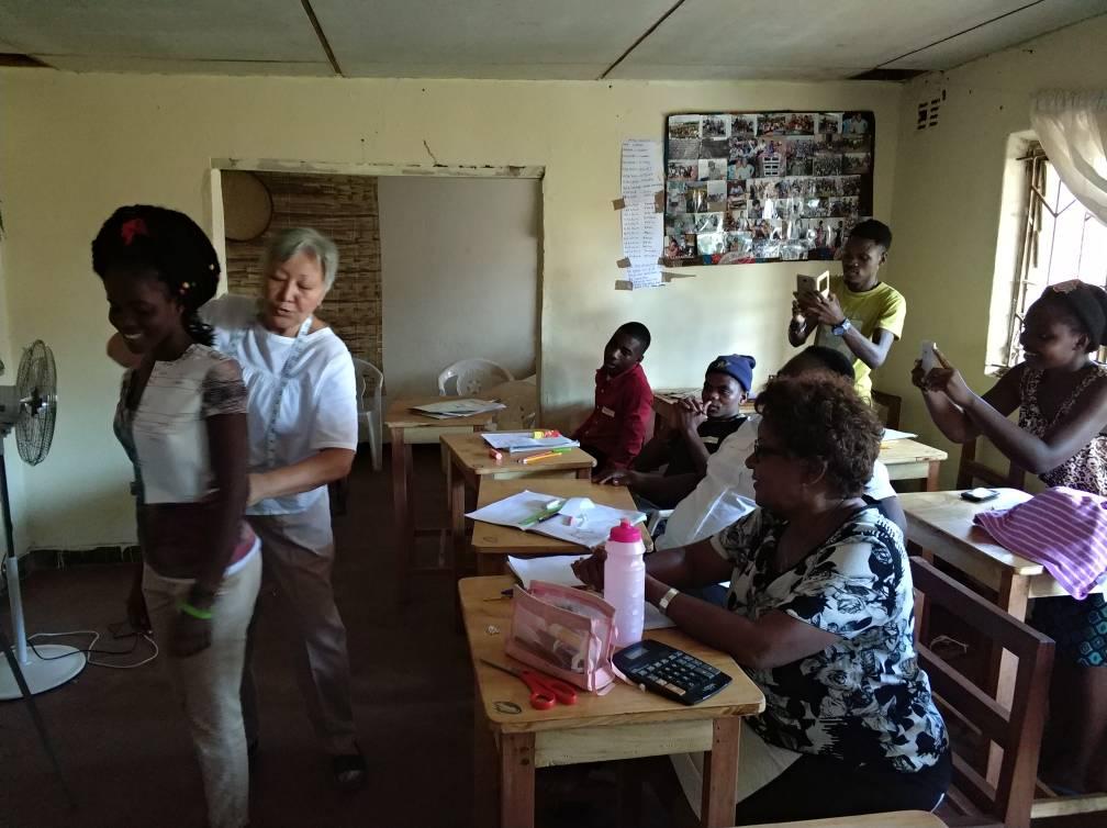 Письма из Африки. Курсы кройки и шитья