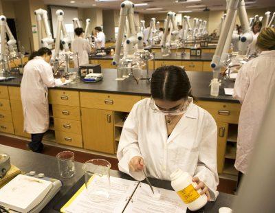 ученые наука препарат лекарство опыты эксперименты старение