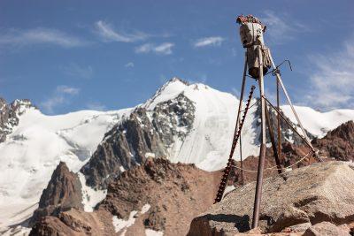 горы тотем ледник