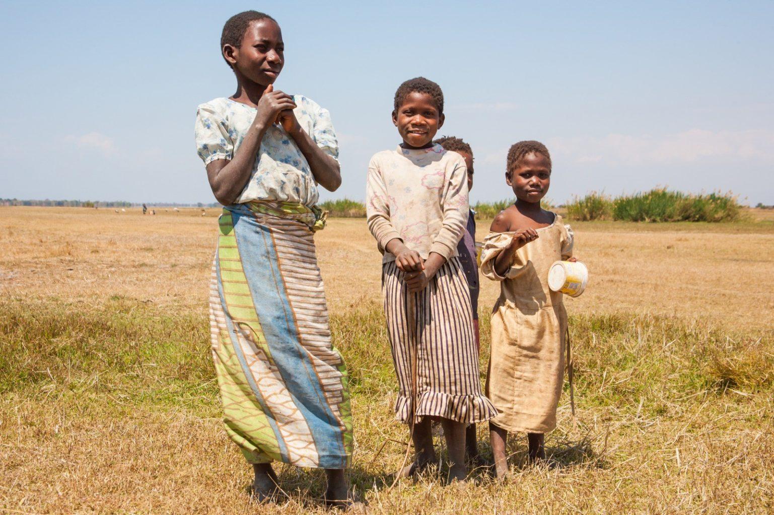 Африка Малави подростки девушки обычаи