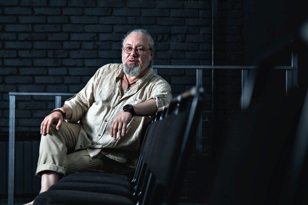 Евгений Жуманов актер Казахстан шоубизнес кино правила жизни Esquire