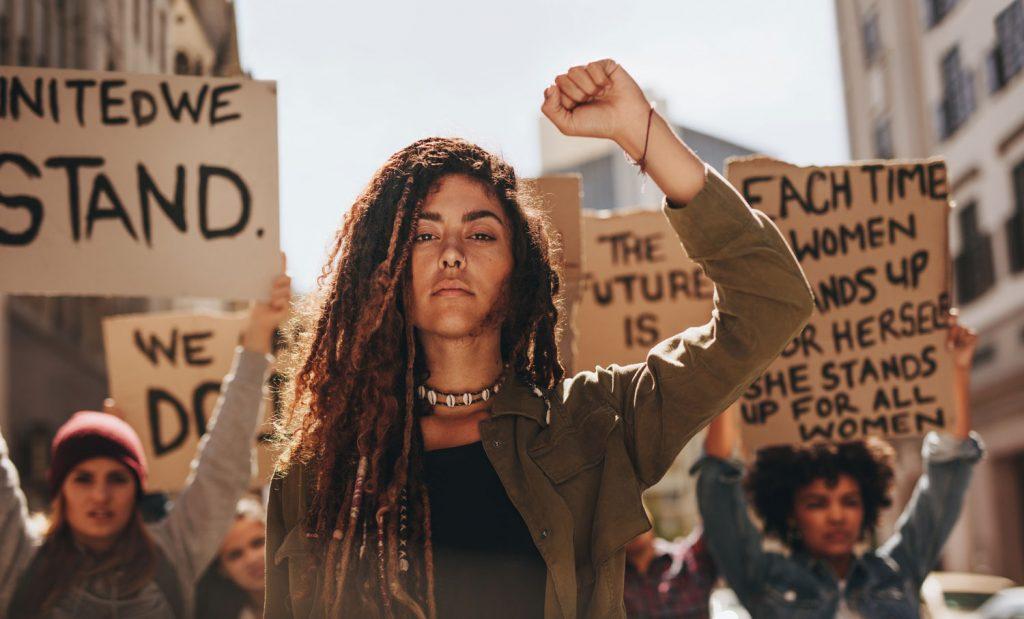 феминизм равенство полов гендерное равенство мнение политолог мир во всем мире женщины права женщин