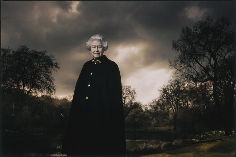 королева Елизавета II портрет Букингемский дворец Энни Лейбовиц Vanity Fair 2007