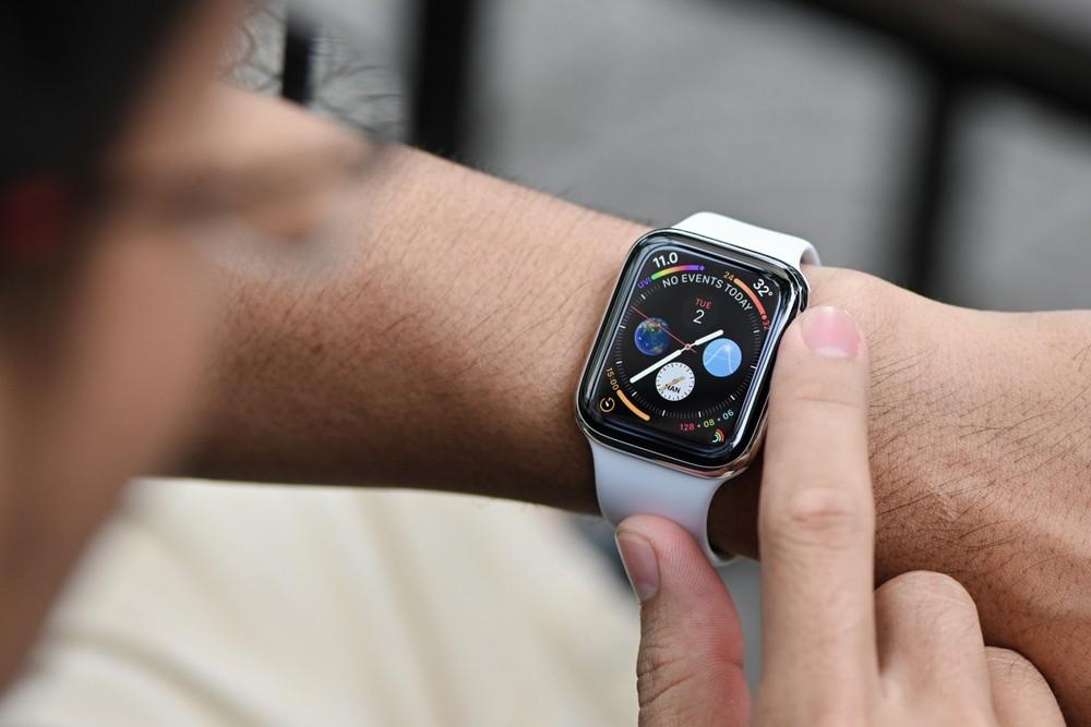 Apple Watch Apple умные часы производство незаконная работа