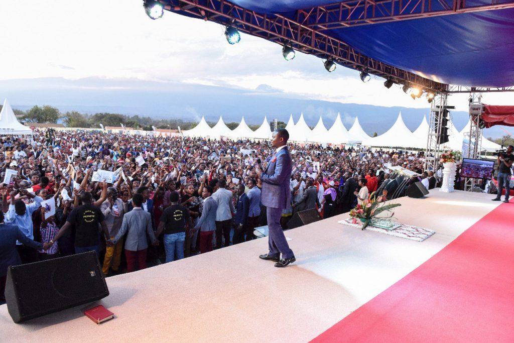 Шеппард Бушири Письма из Африки Айнура Абсеметова Малави ООН пророк Африка