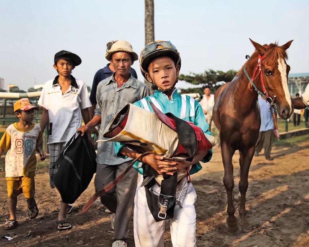 Хошимин Вьетнам фотопроект конные скачки