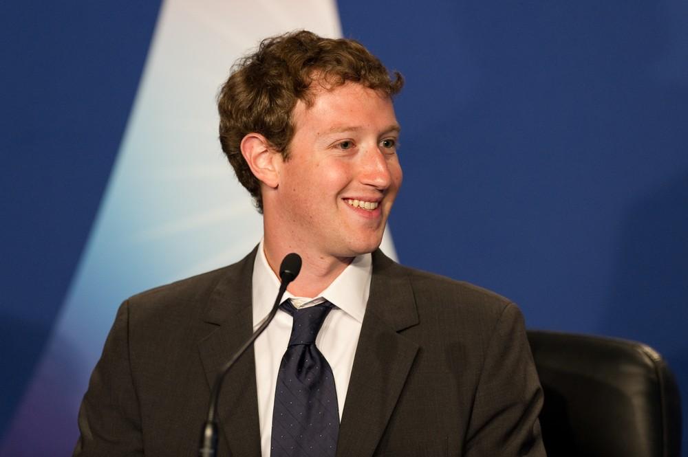 Марк Цукерберг импланты для мозга