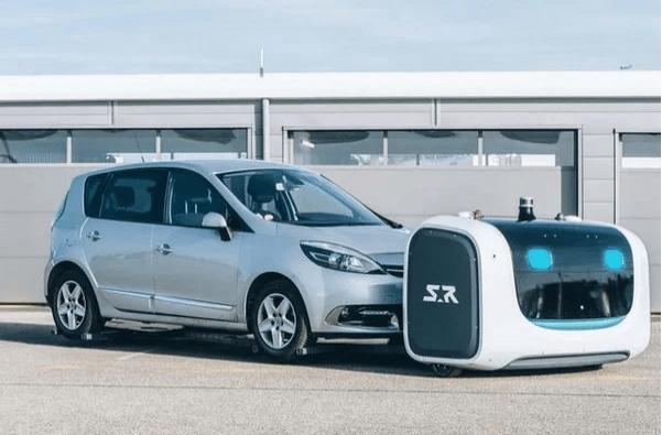 Робот-парковщик заработал в аэропорту Лиона