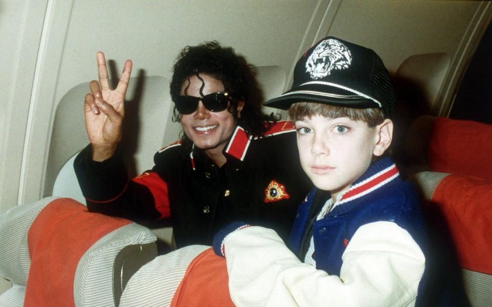 Майкл Джексон покидая неверленд педофилия документальный фильм кино Первый канал