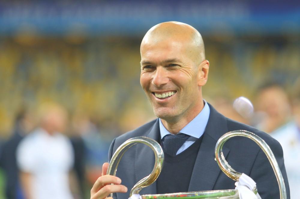 Зинедин Зидан вернулся на пост тренера мадридского «Реала»
