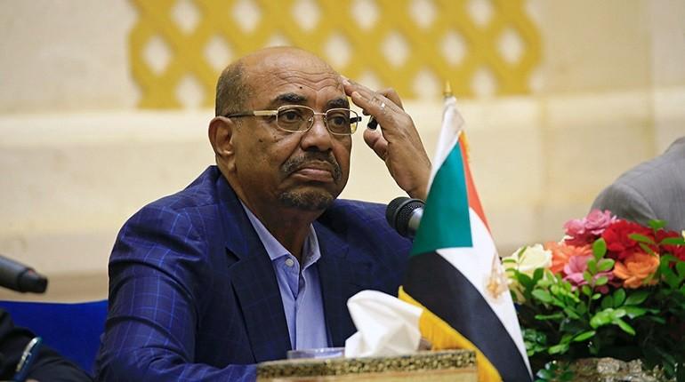 Судан свергли президента военное правительство военный переворот демонстрации митинги