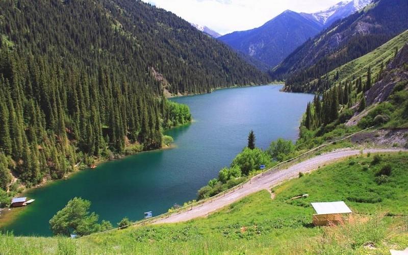Кольсайские озера Алматы активный отдых природа путешествие