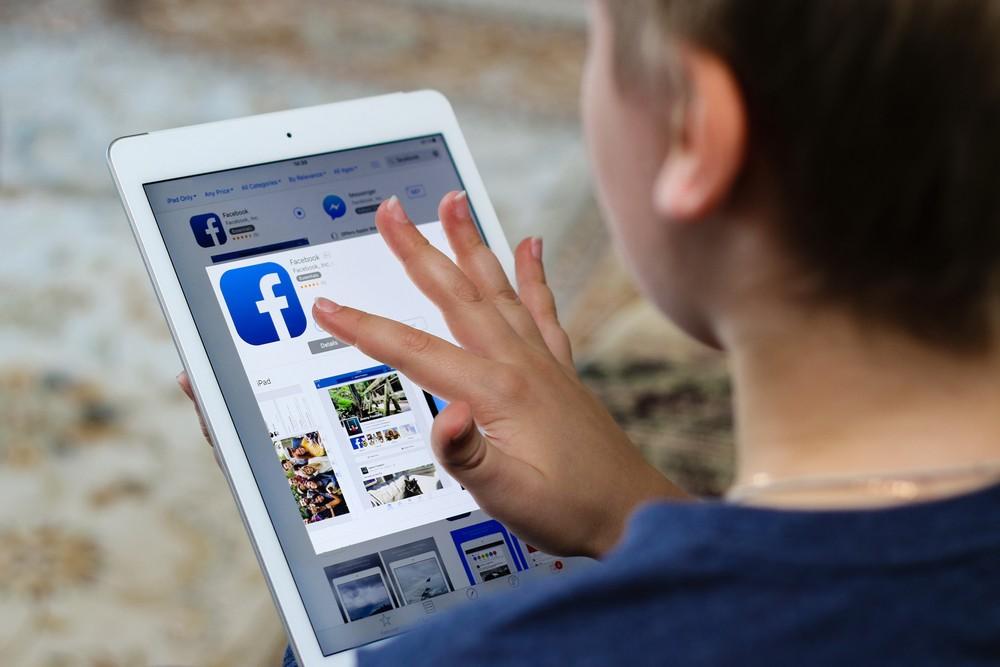 facebook лайки дети великобритания