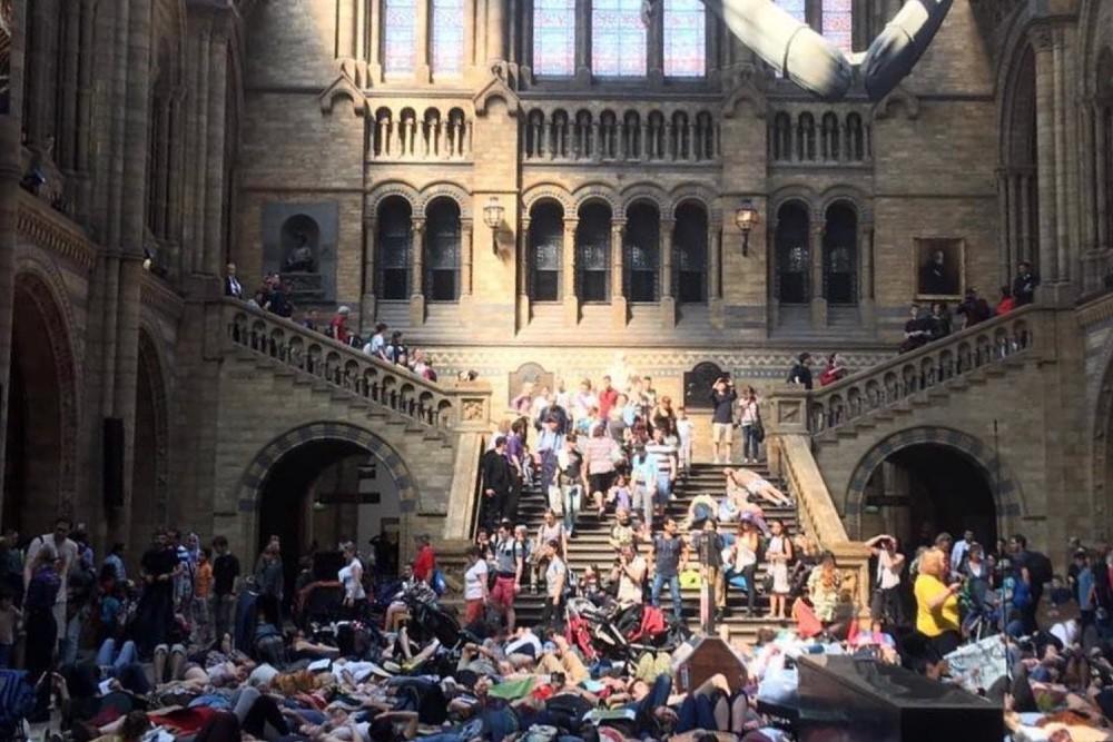 мертвый протест экология климат лондон
