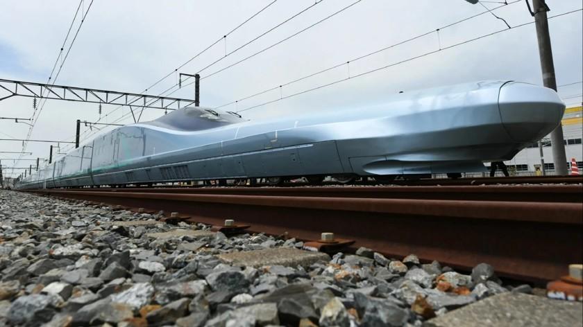 Самый быстрый поезд в мире представили в Японии