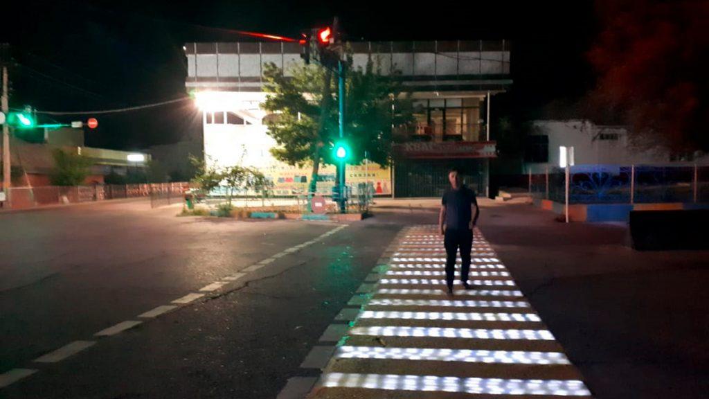 умный пешеходный переход Сарыагаш Казахстан дороги