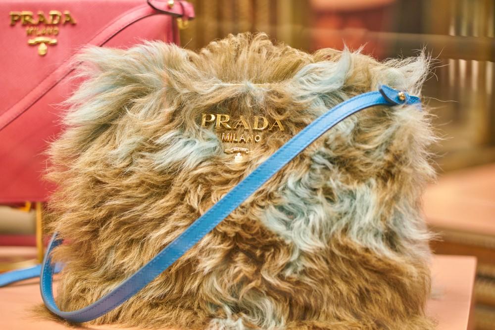 Prada изделия из меха отказ права животных