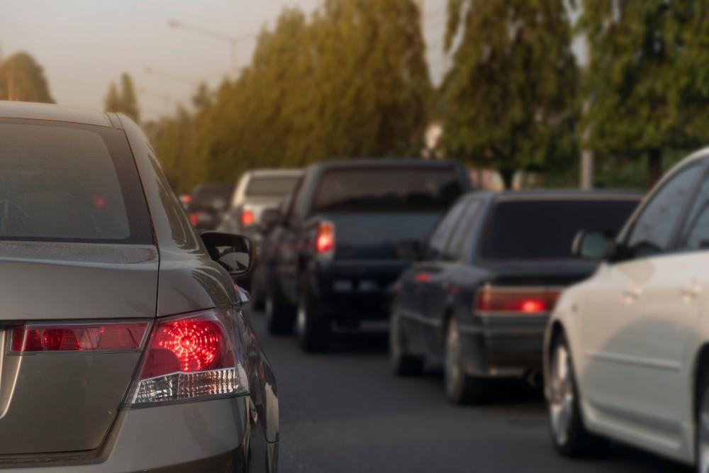 трафик город Алматы Казахстан дороги машины здоровье