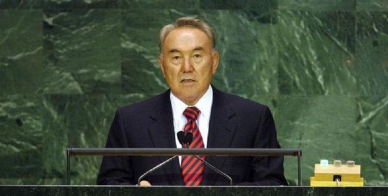 Архивное видео с Назарбаевым выложили в Сеть