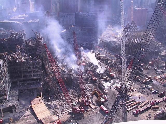 11 сентября 2001 архивные фотографии снимки диски история терактов строители