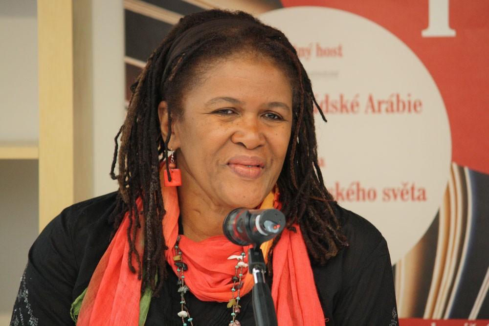 Бренда Фланаган литература афро-американка калипсо Тринидад книги Нина Симон