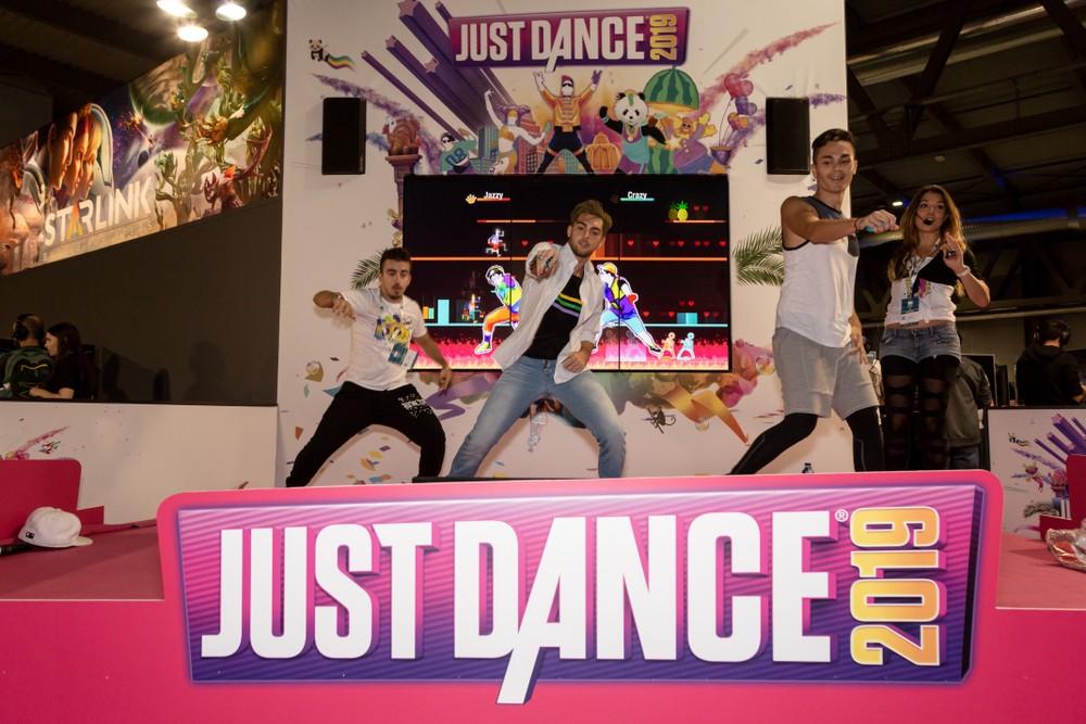 Ubisoft Just Dance E3 игра видеоигры компьютерные выставка Лос-Анджелемс Microsotf