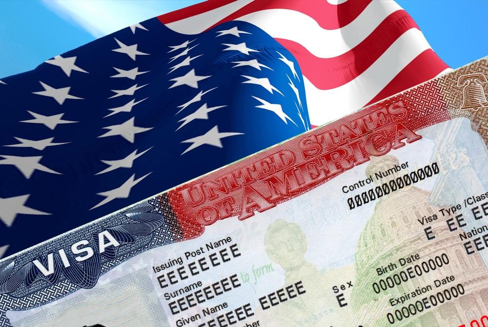 виза США соцсети просмотр аппликанты иммиграция документы путешествия