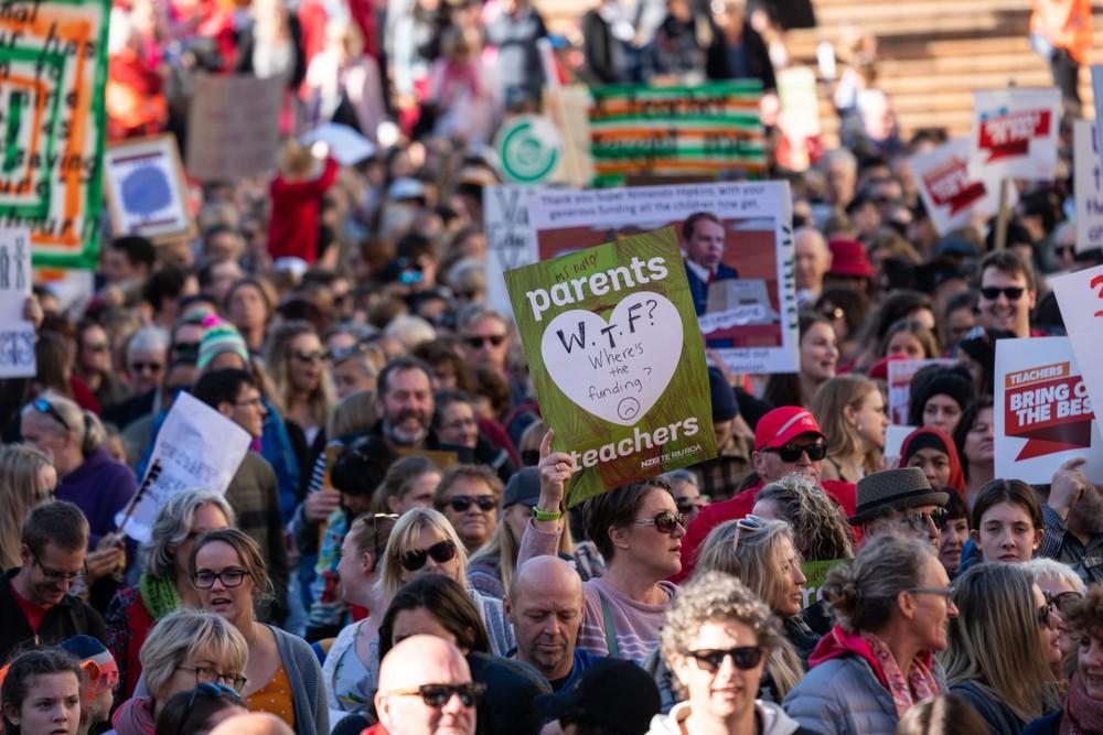 Новая Зеландия демократия власть народа протесты демонстрации политика