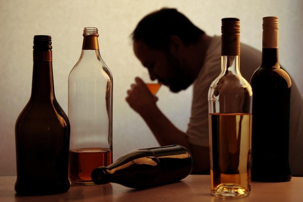 Алкоголь опаснее героина