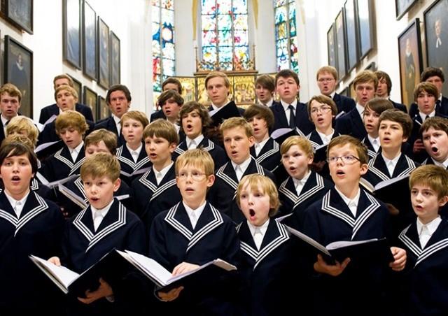 Немецкий хор мальчиков судят за дискриминацию по половому признаку