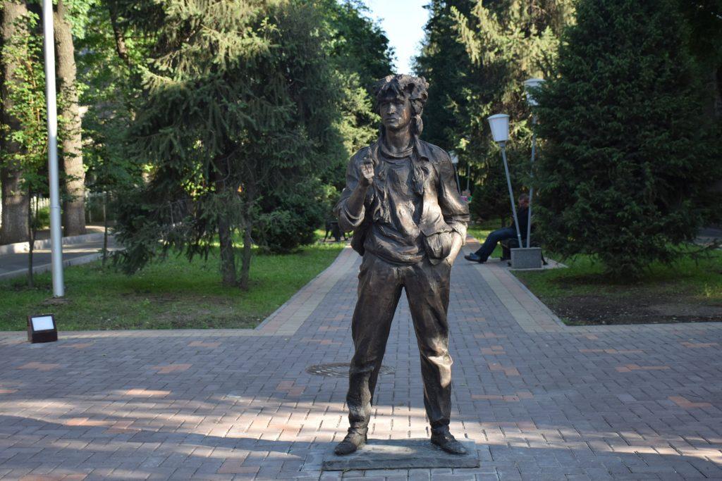 Виктор Цой памятник