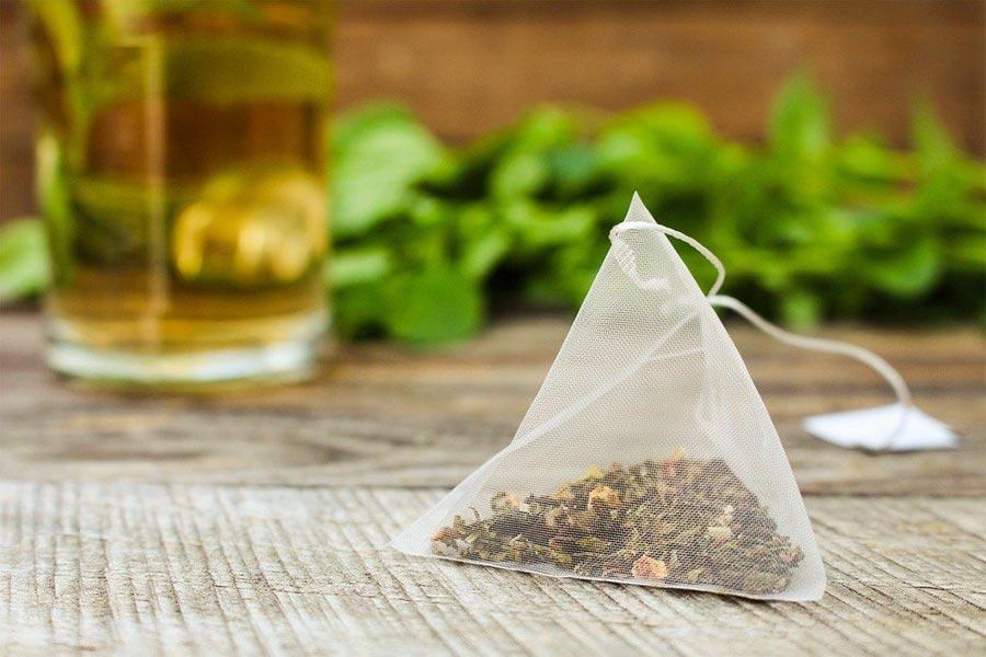 В чайных пакетиках содержатся миллиарды микрочастиц пластика