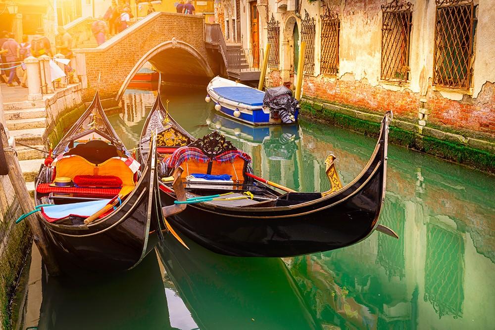 В Венеции запрещены дешевые сувениры