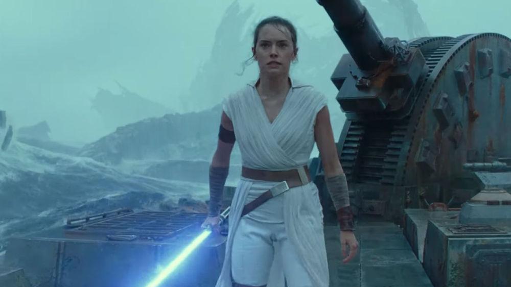 В сети появился финальный трейлер последнего фильма «Звездных войн»
