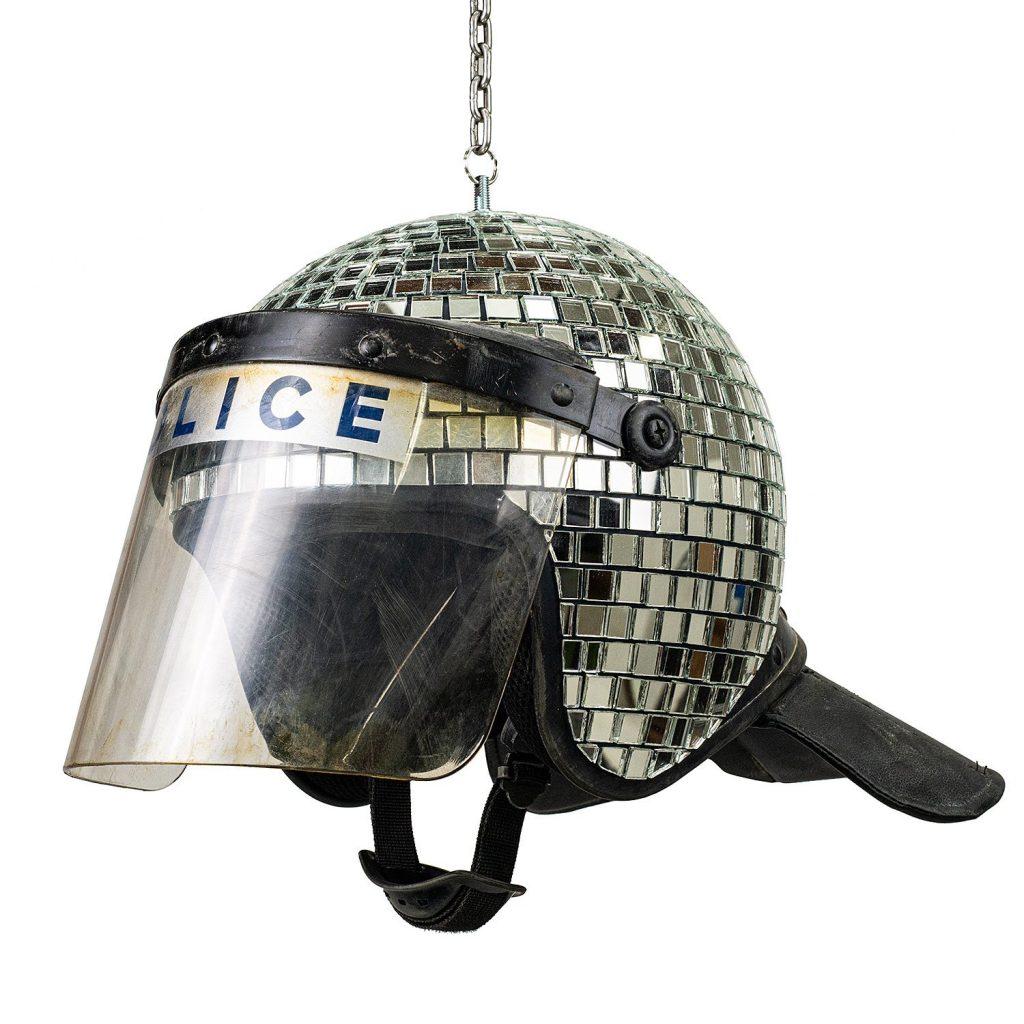дискошар в форме полицейского шлема