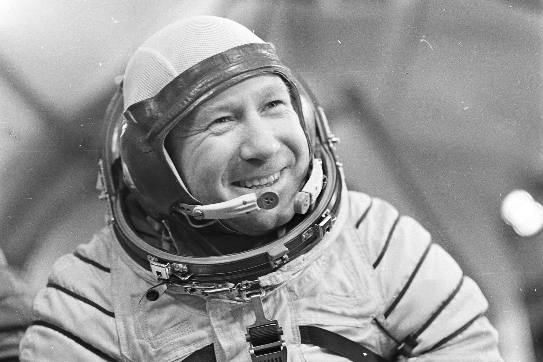 Умер Алексей Леонов: первый человек, вышедший в открытый космос