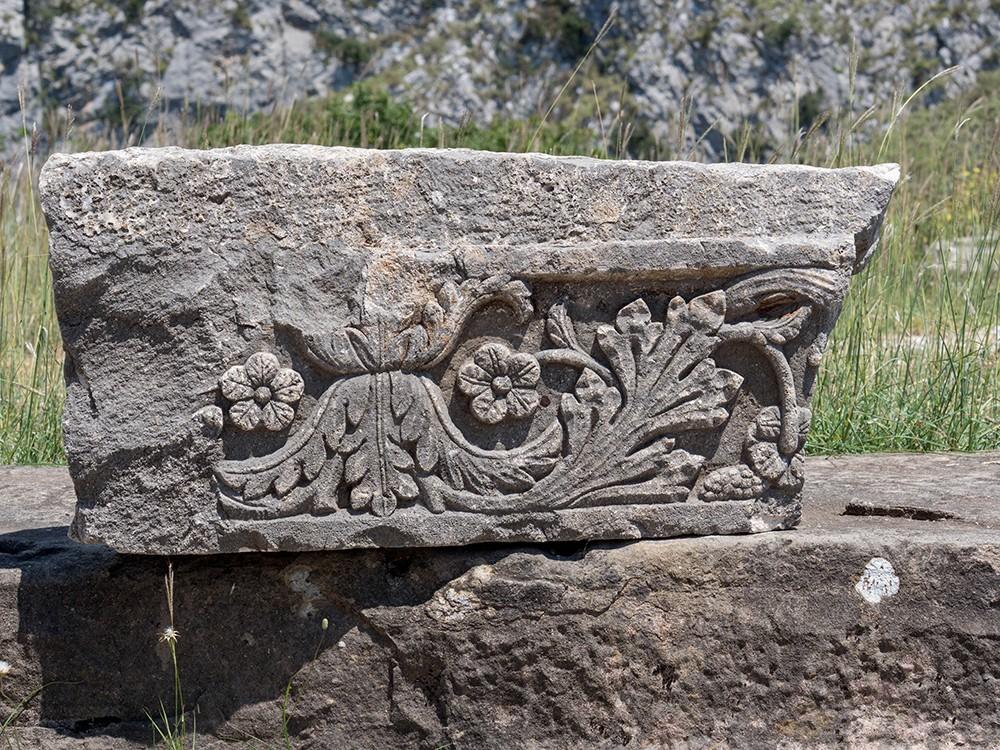 каменные барельефы 17 века