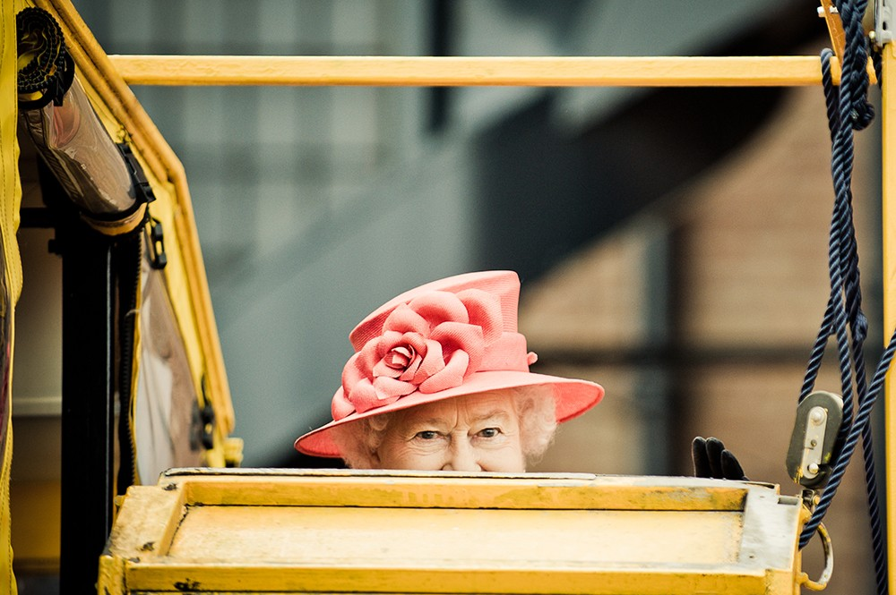 93-летняя королева Великобритании может отречься от престола ради сына Чарльза