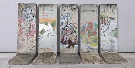 Фрагмент Берлинской стены можно будет купить на BRAFA 2020