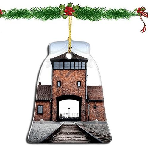 Освенцим рождественские игрушки