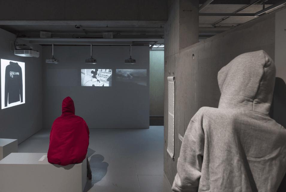 фото выставка худи