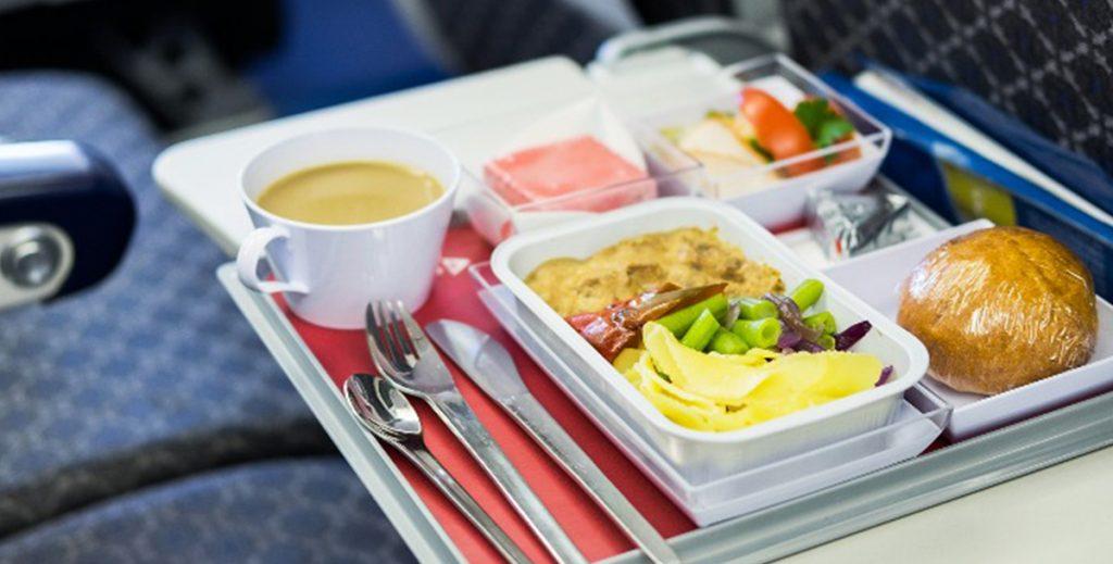 Авиакомпания откроет сеть ресторанов, где будут подавать бортовые блюда